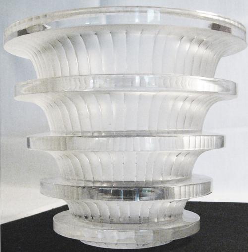 René Lalique: 'Chevreuse' vase