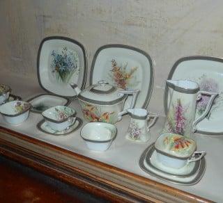 Ellis Rowan Tea set