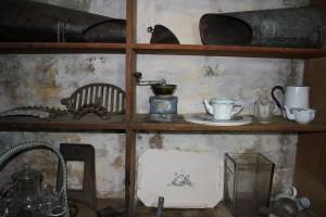 31254-31 Coffee Mill Metal in situ IMG_7335