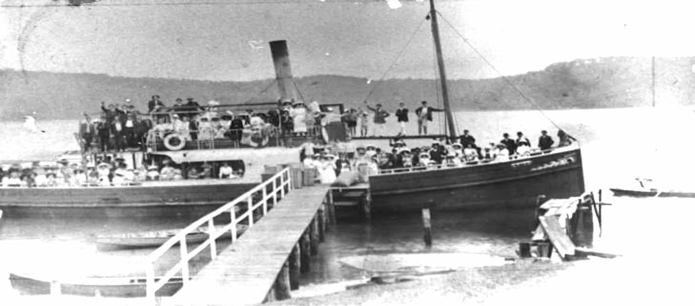 S.S. Erina on excursion to Patonga