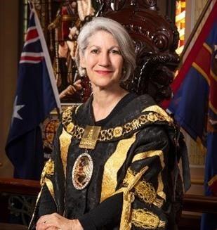 Lord Mayor Sandy Verschoor