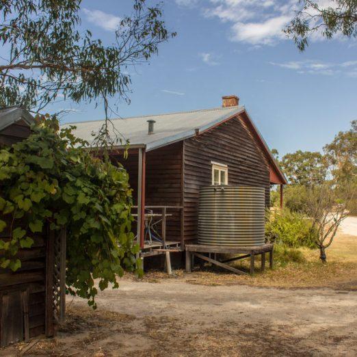 Back - Settlers Cottage