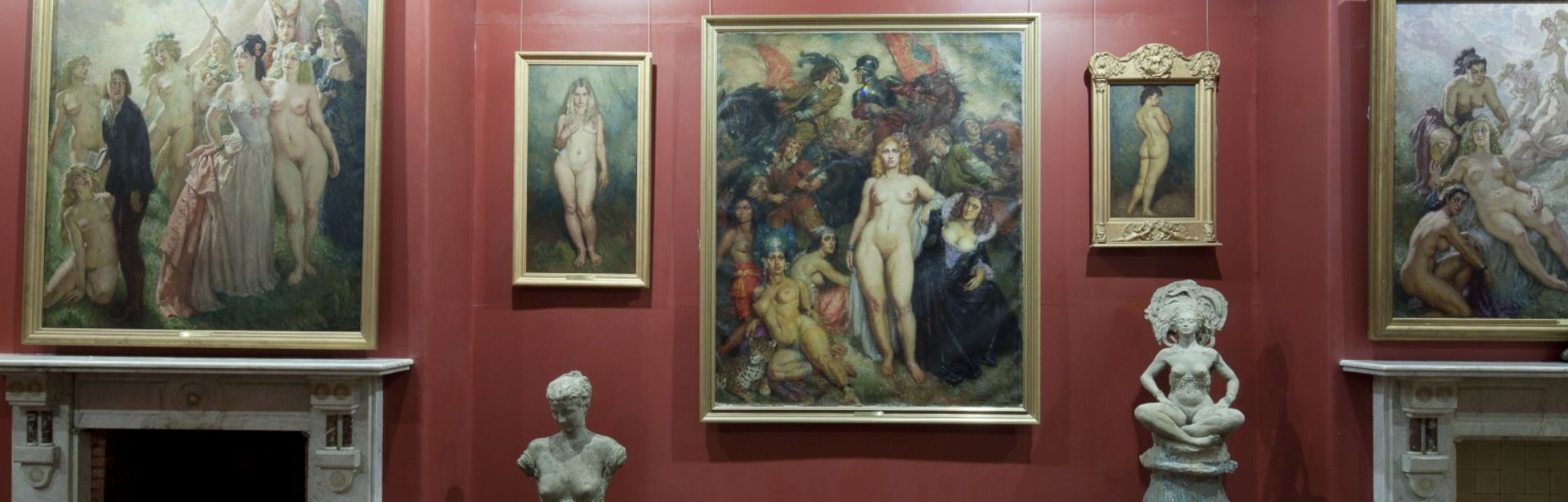 Explore the former home and story of an Australian art and literature icon in the heart of the Blue Mountains Take in the gallery and gardens celebrating the life and legacy of Norman Lindsay